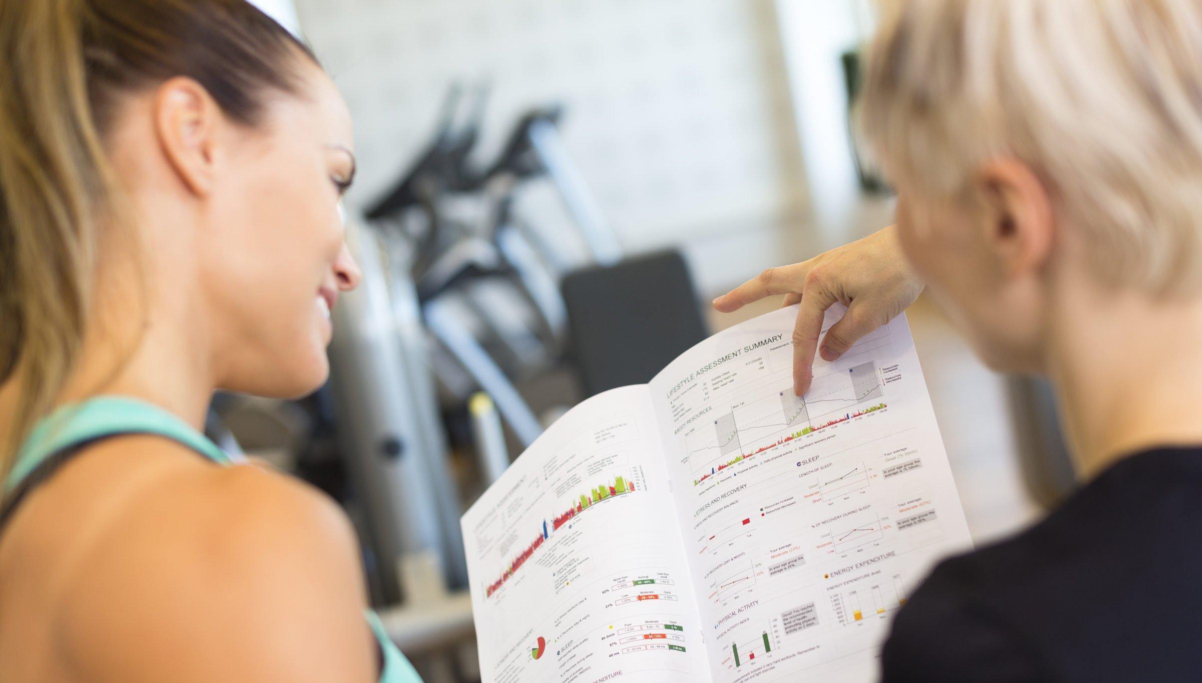 Firstbeat Hyvinvointianalyysi parantaa liikkumista, unenlaatua sekä stressinhallintaa.